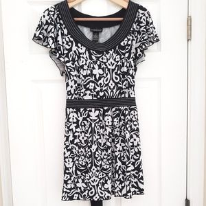 Lane Bryant Short Sleeve Black/White Blouse 14/16